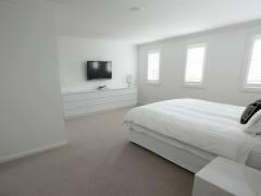 Dolans-Bedroom1